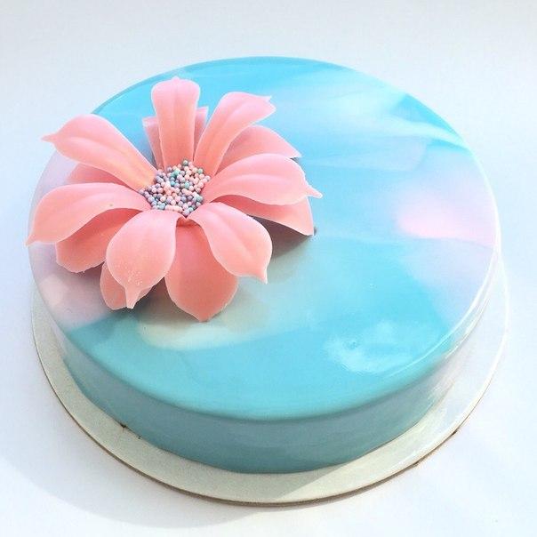 Во сне подарили торт к чему это