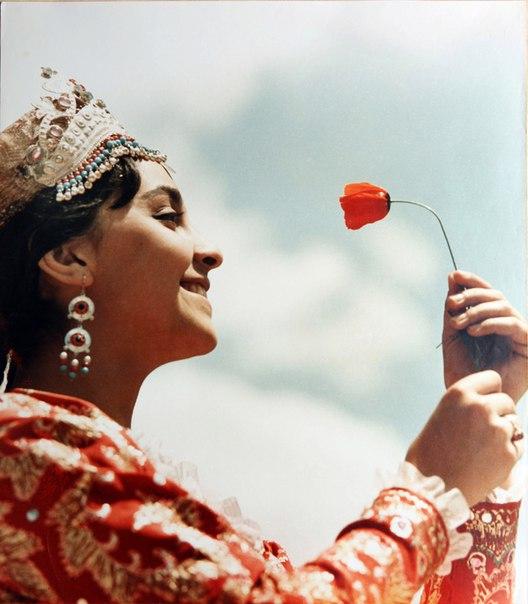 Солистка узбекского балета. СССР, 1970.