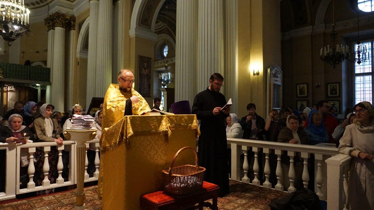 Поклониться святителю Николаю