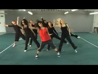 Thriller as choreographed by chloe bell for a big brother house task in 2008. gr