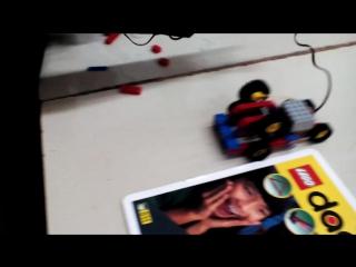 я сделал свирлейный станок из Лего ,он сверлит