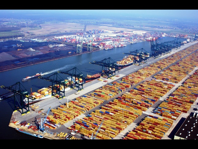 Китайские чудеса постройки века! Суперсооружения Глубоководный порт National Geographic1