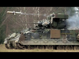 U S Army Infantry fighting vehicle M2A3 Bradley BGM-71 TOW Missiles