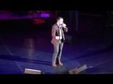 Ярослав Сумишевский -- новая звезда эстрады, начало концерта Петербург.