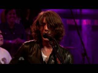 Arctic Monkeys - Crying Lightning (live on Late Night with Jimmy Fallon 2009)
