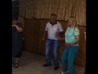 Свадьба Вячеслава и Юлии Сигида.💋Ольга Андреевна не смогла стоять на месте.😂Взяла в руки микрофон и понеслась душа в рай!💋👑