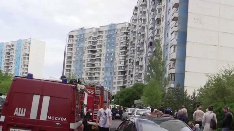 В жилом доме в Москве нашли бомбу