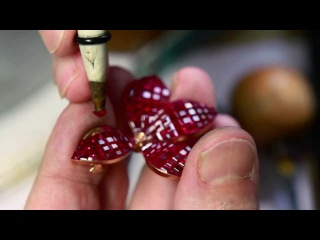 Mystery Set™ specialist - Les Mains d'Or™ Van Cleef Arpels 7/9