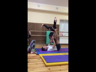 Акро йога с Тимуром)