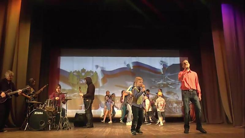 Грация, Драмс Юнион, Дима Сабуров, Ивасик Тагиль - Танцуй доколь молодой