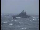 ЖЕСТЬ!ШТОРМ! Русский корабль попал под шторм в океане