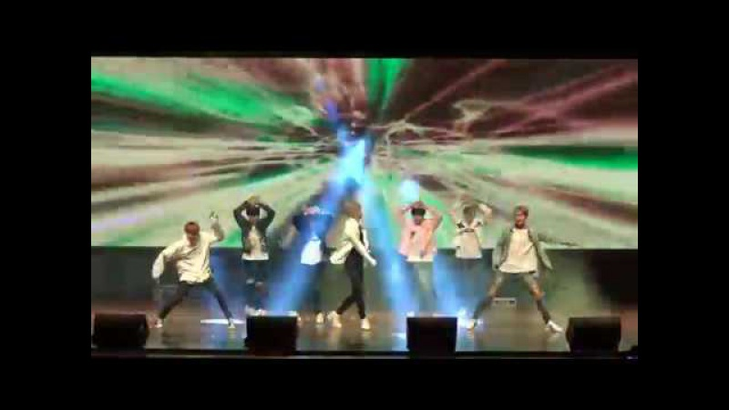 Lucente K-Pop band performing at K-Pop Contest 2017 Hyderabad