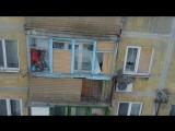 Последствия обстрела жилого дома на проспекте Кремлевский. Донецк 01.02.2017