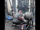 Влад Алхазов ( Израиль ), присед в наколенниках - 350 кг на 3 раза !