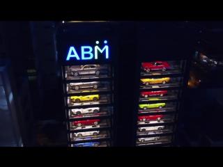 В Сингапуре открыли автомат по продаже спорткаров