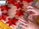 Estrellas navideñas con tubos de papel de periódico Cómo hacer estrellas de navidad