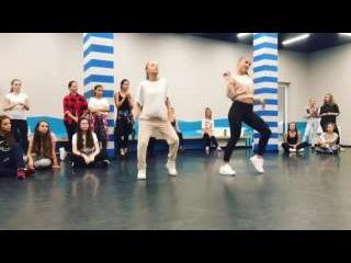 Катя Адушкина танцует ! Тодес