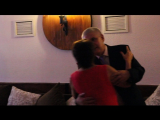 Танец моих бабушки и дедушки на юбилее. Я вас очень люблю
