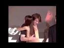 2000 год. Джолин Цай и Том Круз на пресс конференции по поводу премьеры фильма Миссия невыполнима 2.