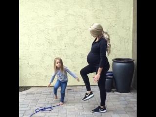 Она тренируется на 9 месяце