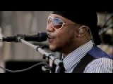 Traveling Shoes -- Robert Randolph &amp The Family Band Live From Crossroads Guitar Festival 2010