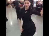 Типичный урок танцев в Китае! Это невероятно!