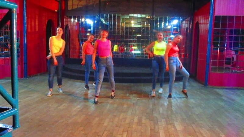 Колектив сучасної хореографії Dancehall Queen Time - керівник Денисенко Анастасія Андріївна!