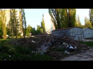 Весенний лесочек на окраине города Курск- гаражи, мусор, ЛЭП и дома