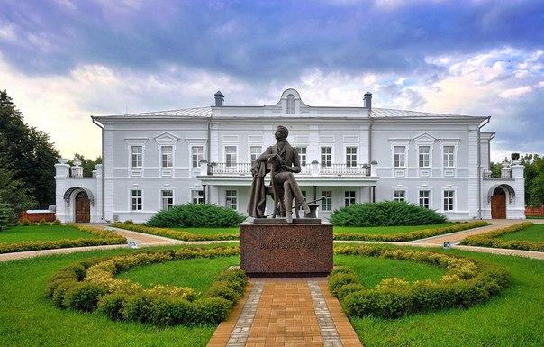 Усадьба Веневитиновых размещена в селе Новоживотинное Рамонского района Воронежской области
