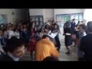 11 класс отмечает последний день в школе