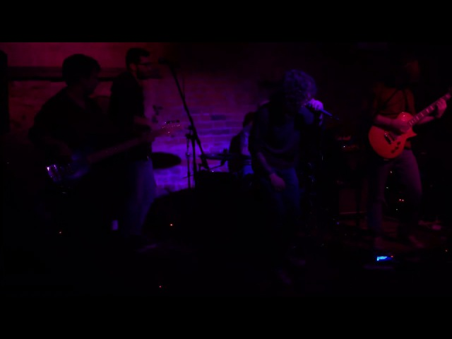 Flyin Up — Brightest Side (live)