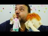 Videos de Juguetes para Niños. Josep va a la Doctora Barbie. Video de Muñecas