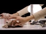 COCO MADEMOISELLE Moment_ Seize the Touche de Parfum - CHANEL