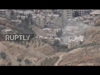 Перемирие не для всех. Правительственные войска штурмуют Вади-Барада на северо-западе Дамаска.