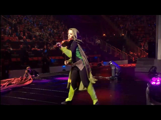 Dota 2: TI6 opening ceremony - Lindsey Stirling