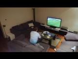Жена жёстко разыграла мужа, который захотел досмотреть матч (6 sec)