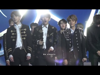 [HD Fancam] 170114 BTS V Jungkook, EXO Baekhyun Dance to Bi Rain - Rainism @ Golden Disk Awards