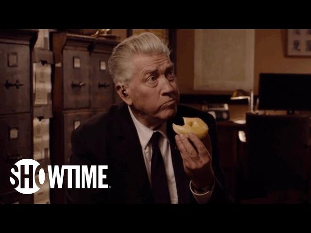 Twin Peaks | David Lynch Returns as Gordon Cole | SHOWTIME Series (2017)