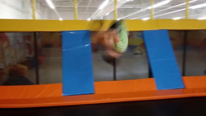 Давай прыгай какашка feat КИРЫЧ