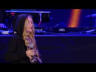 Alan Walker ft Iselin Solheim - Faded (LIVE) Wind Music Awards 2016