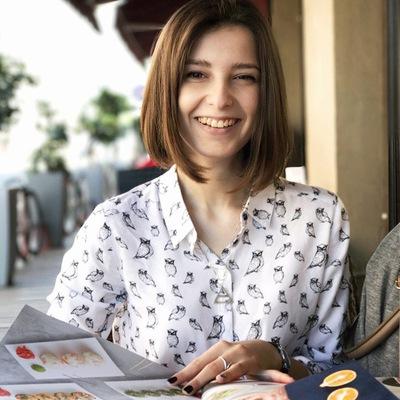 Наталья Околотина