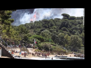 Wildfires hit french riviera, thousands evacuated