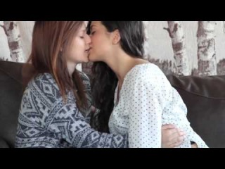 Deepest Kiss Ever,Toungue Licking|Hot Girl With Her Sister|Lesbian Kissing