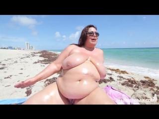Busty_latina_milf_bbw_in_bikini_fucked_by_stud