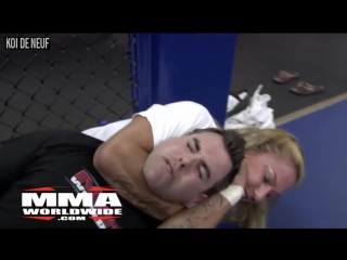 Female mma fighter cris cyborg chokes out reporter