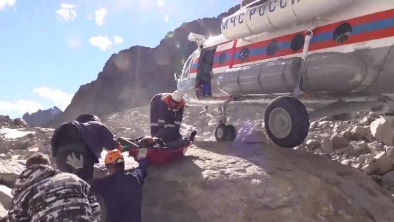 Спасение туристов пострадавших от камнепада в Кош-Агачском районе Республики Алтай