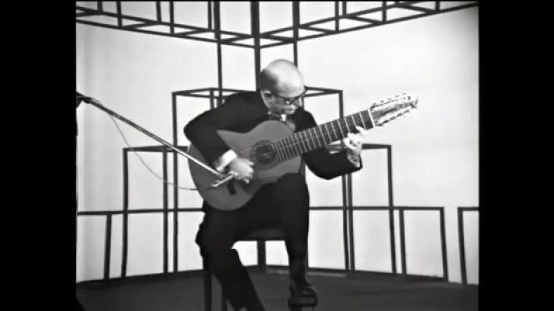 BACH _ Prelude, Bourree BWV 996 _ Narciso YEPES _ 10 String Guitar _ Ten String