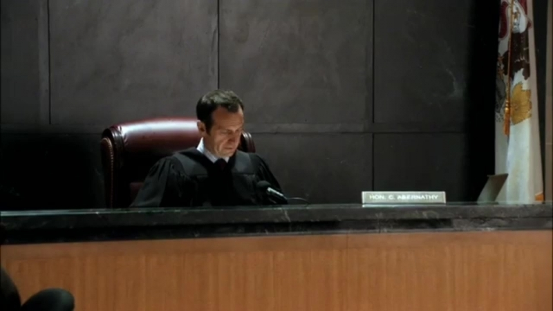 The Good Wife 01x02 trial