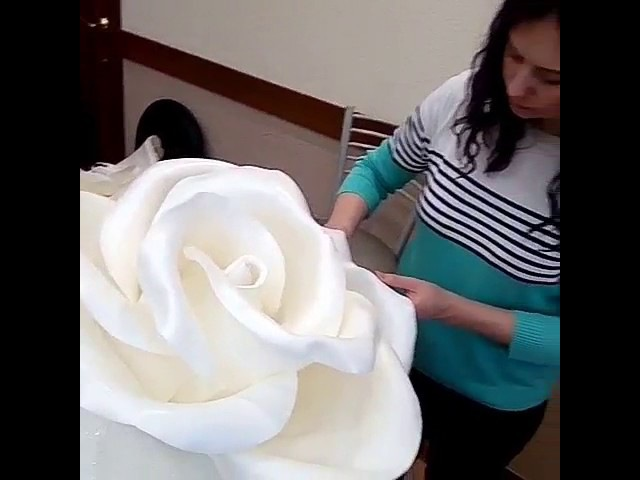 Школа больших цветов Светланы Копцевой . ростовые цветы, цветы из изолона