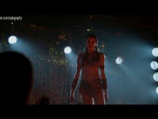 Даниэль Панабэйкер (Danielle Panabaker) в сериале